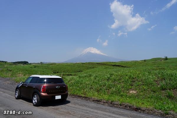 MINIクロスオーバーと富士山撮影 悪路に突入